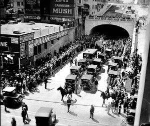 Times File Photo -- Opening of the Los Angeles 2nd St. Tunnel.
