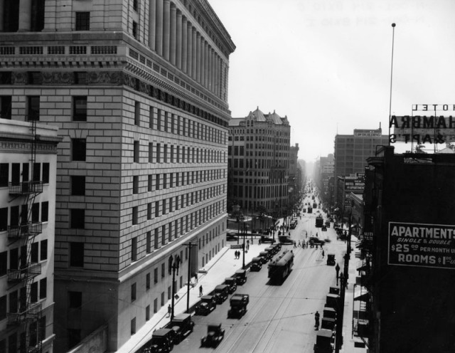 New to this post - a matching Los Angeles Public Library photo taken from above the Broadway Tunnel. LAPL