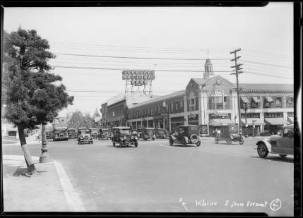 Street_intersections_and_views_around_6th_Street_and_Vermont_Avenue_Los_Angeles_CA_1928_image_8