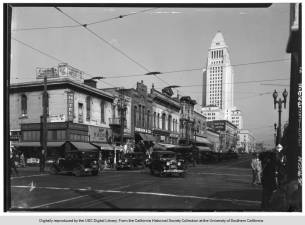Street_view_of_Los_Angeles_City_Hall_sd