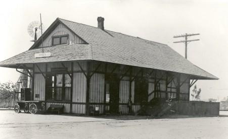 1-Hynes Station (2)